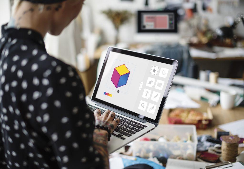 graphic designer laptop cube